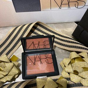 NARS l Savage, blush